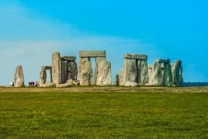 stonehenge-880010_1280
